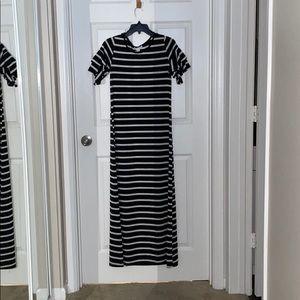 New woman's exist black & white striped maxi dress